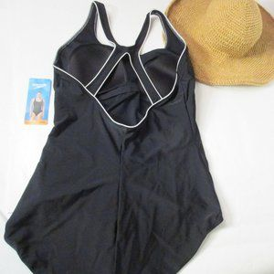 Speedo Plus Ultraback Swimsuit Size 20-22 NWT